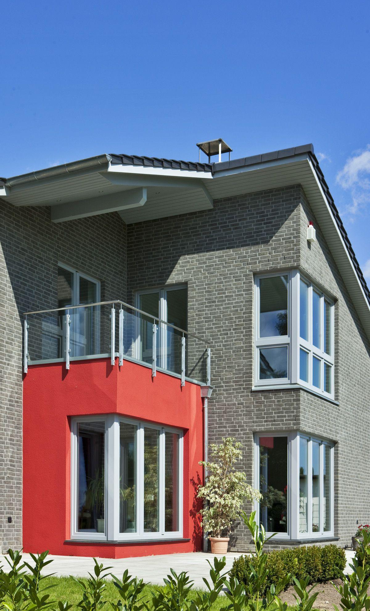 Einfamilienhaus Erker Anbau mit Balkon - Architektur Detail ...