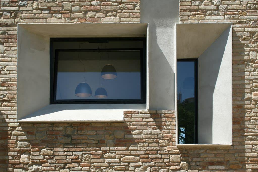 Picture house finestre & porte in stile industriale di fabio barilari architetti industrial