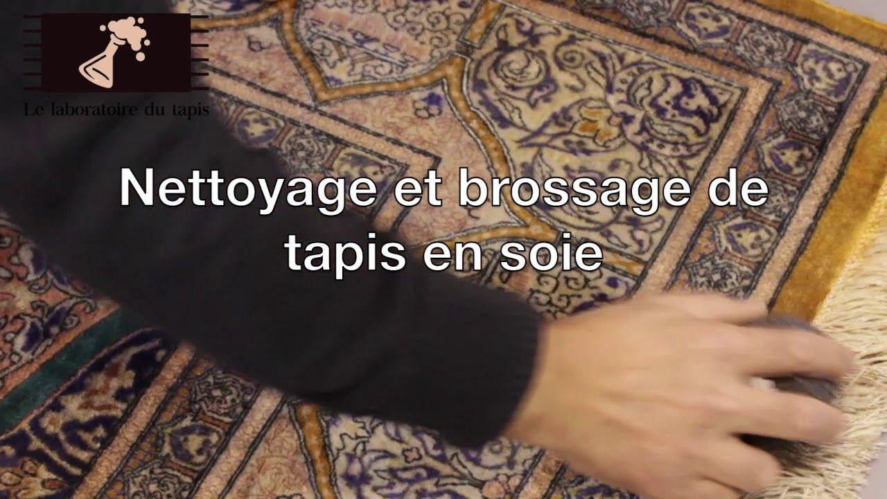 Le Laboratoire Du Tapis Nettoyage Et Brossage De Tapis En Soie Nettoyage Tapis Nettoyage Tapis
