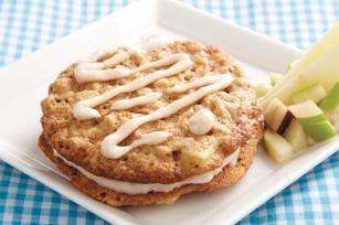 Oatmeal-Apple Cream Pies