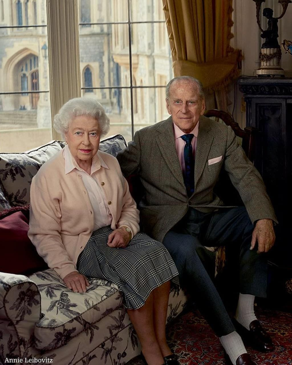 19 2 K Mentions J Aime 1 034 Commentaires Queen Elizabeth Ii Fan Page Hm Queenelizabeth Sur Instagr In 2021 Her Majesty The Queen Prince Philip Queen Elizabeth