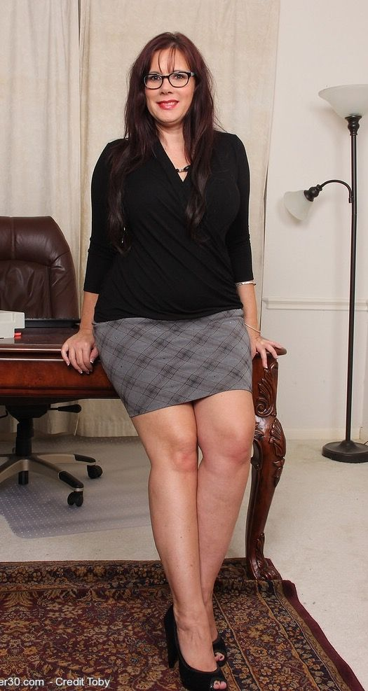 Mature nude office women, sexforkind