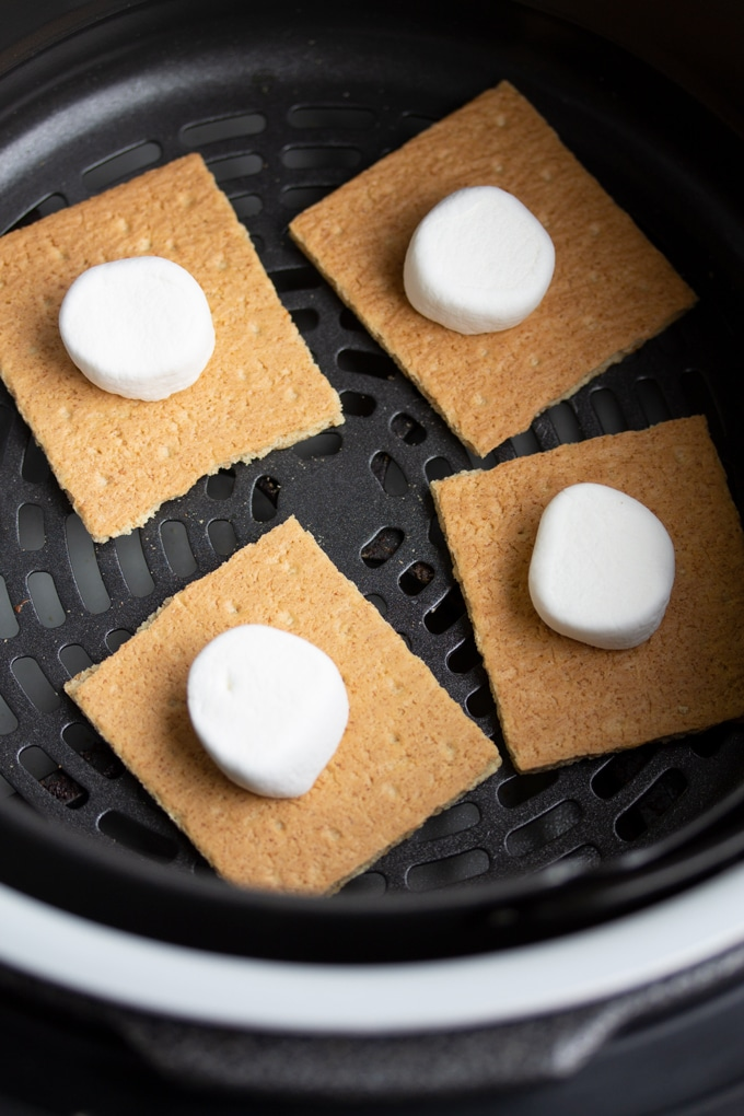 Air Fryer S'mores Recipe in 2020 Air fryer recipes
