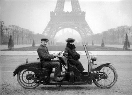 Paris, Champs de Mars.1922. ©Jacques Boyer