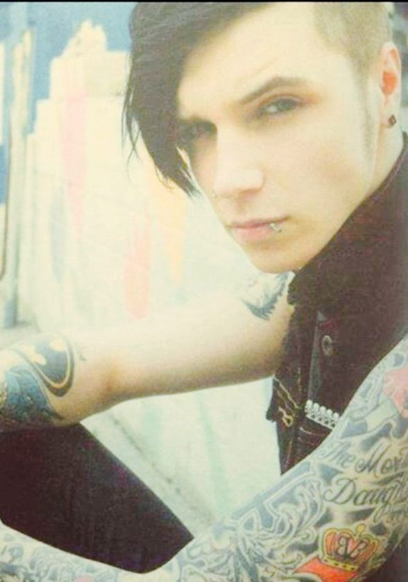 Oh My Andy Biersack!!
