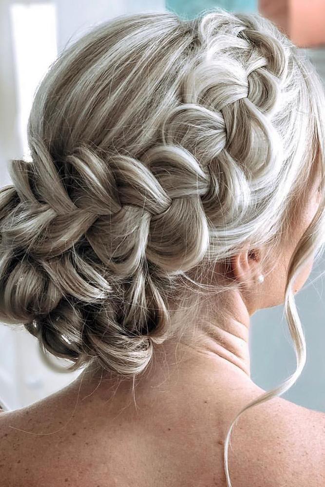 Mother Of The Bride Hairstyles 63 Elegant Ideas 2020 Guide Mother Of The Bride Hair Thick Hair Styles Updos For Medium Length Hair