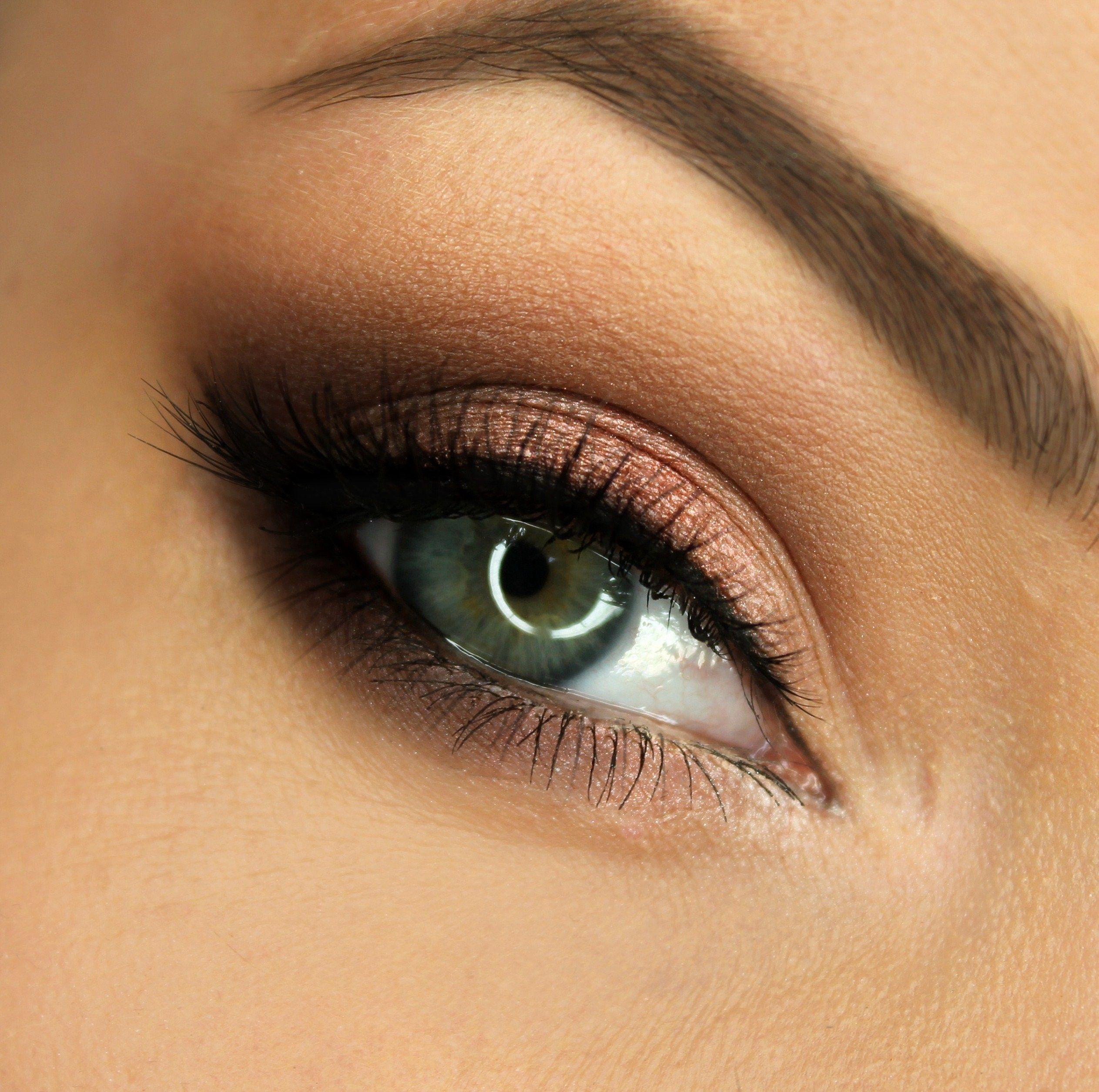 Makeup Geek Eyeshadows in Bling, Cosmopolitan, Latte