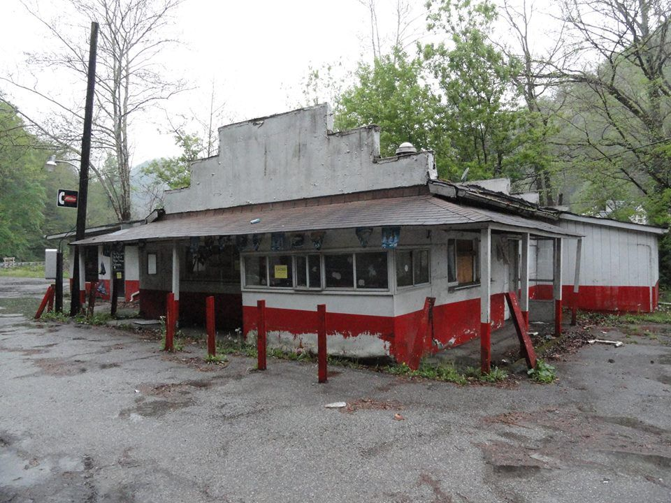 Old Mecca Drive Inn Stolling S Wv I Remember This Little Place Lord It Has Been Years West Virginia History Country Roads Take Me Home West Virginia