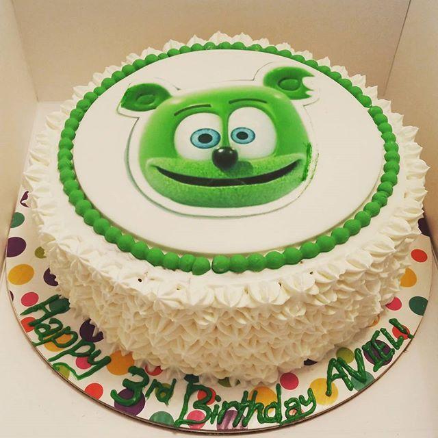 Excellent Hey Look A Gummibar Birthday Cake With Images Gummy Bear Funny Birthday Cards Online Benoljebrpdamsfinfo