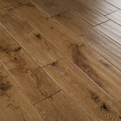 Opting For A Warm Golden Brown Oak Floor Such As The Recently Added Range Of Florence Solid Floors Gives Room Cosy Atmosphere And