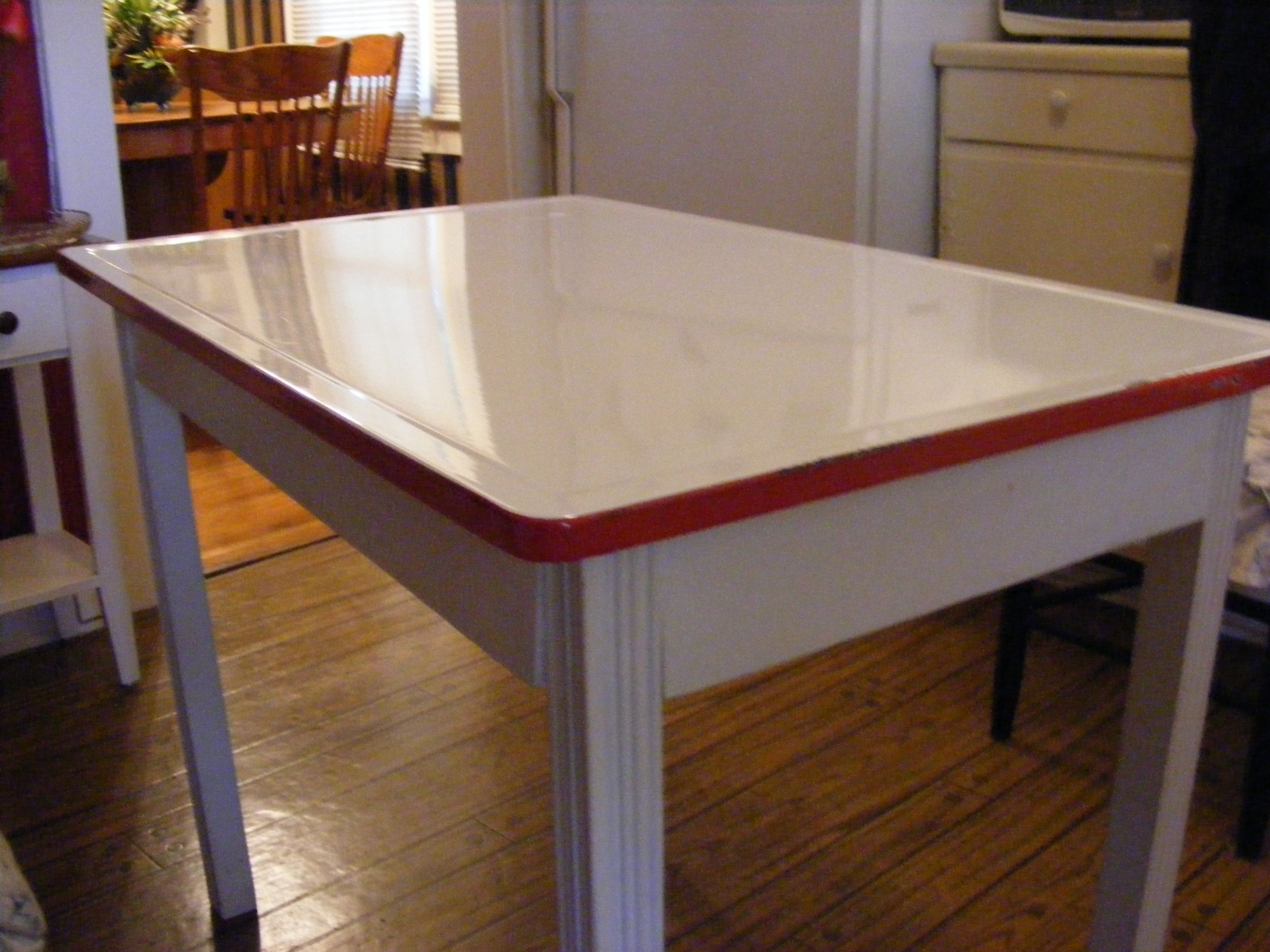 Porcelain enamel top bakers table   Bakers table, Vintage kitchen ...