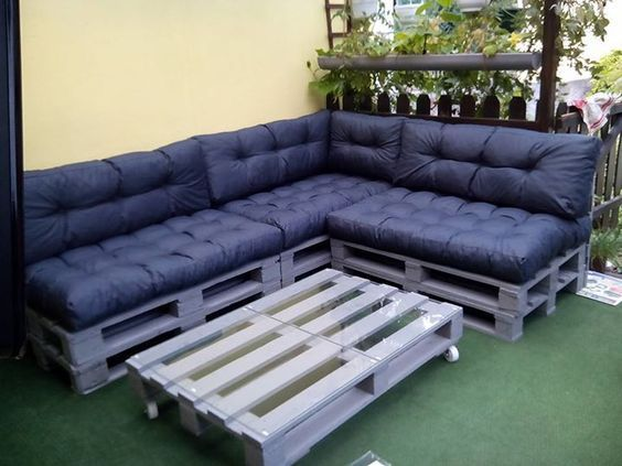 Photo of Top 10: Build furniture from pallets