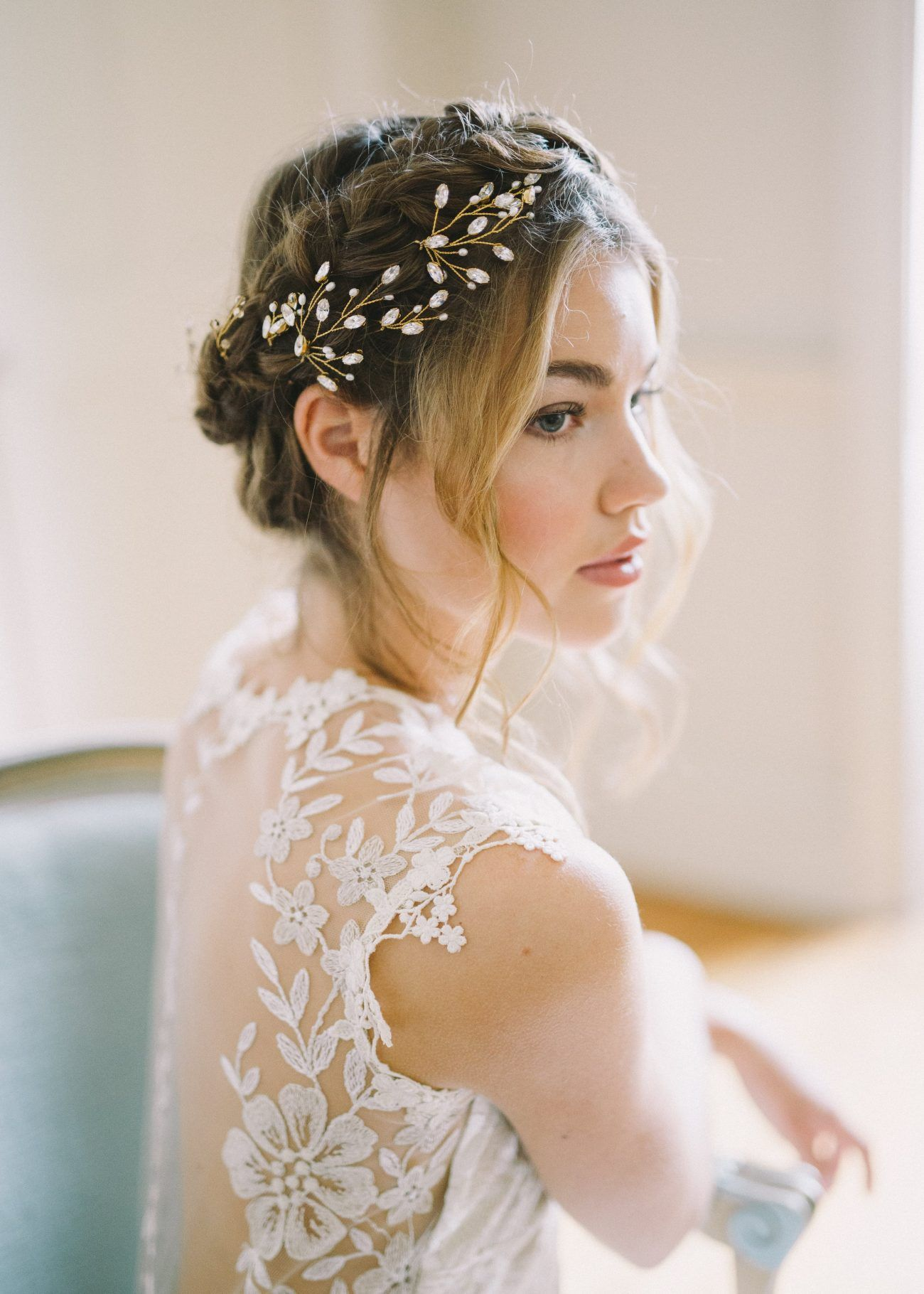 Brides In The English Countryside Once Wed Wedding Hair Pieces Trendy Wedding Hairstyles Vintage Wedding Hair