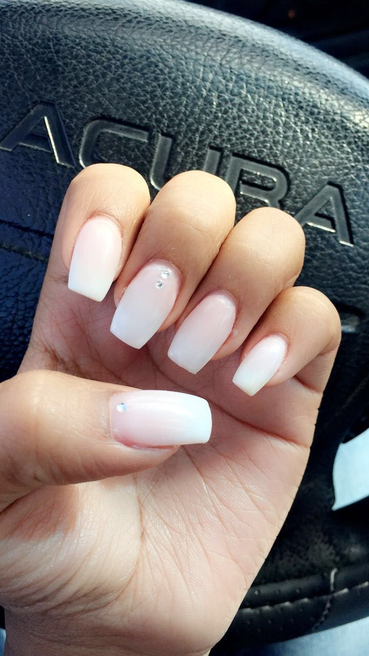 French fade out ✨ w/ gems | nails | Pinterest