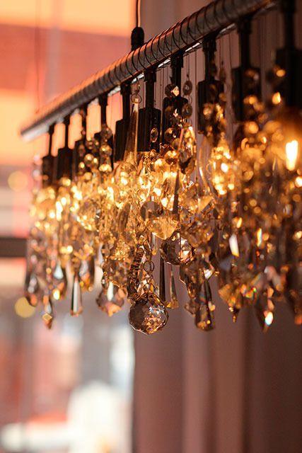 kristallleuchter ber esstisch interior design pinterest esstische sch ner wohnen und. Black Bedroom Furniture Sets. Home Design Ideas