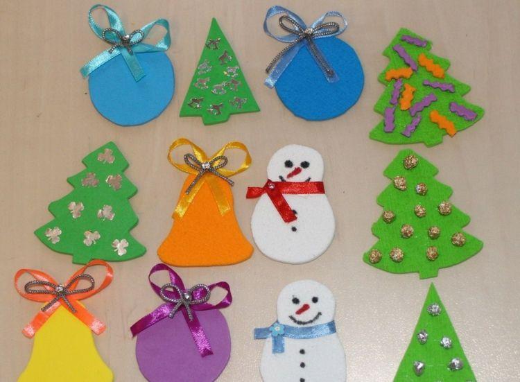 basteln mit moosgummi zu weihnachten ornamente tannenbaum. Black Bedroom Furniture Sets. Home Design Ideas
