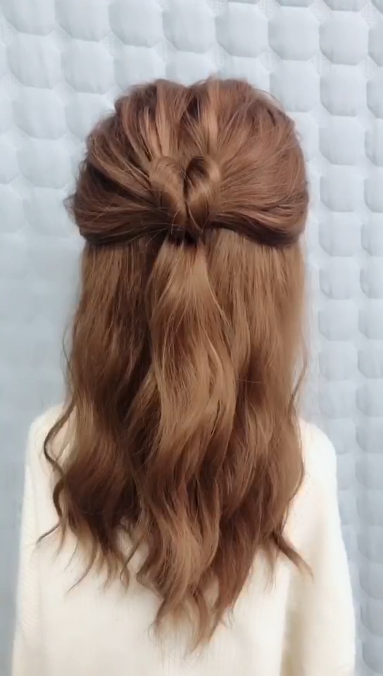 Hairstyles For Dinner Party 5 In 2020 Hair Styles Long Hair Styles Medium Hair Styles