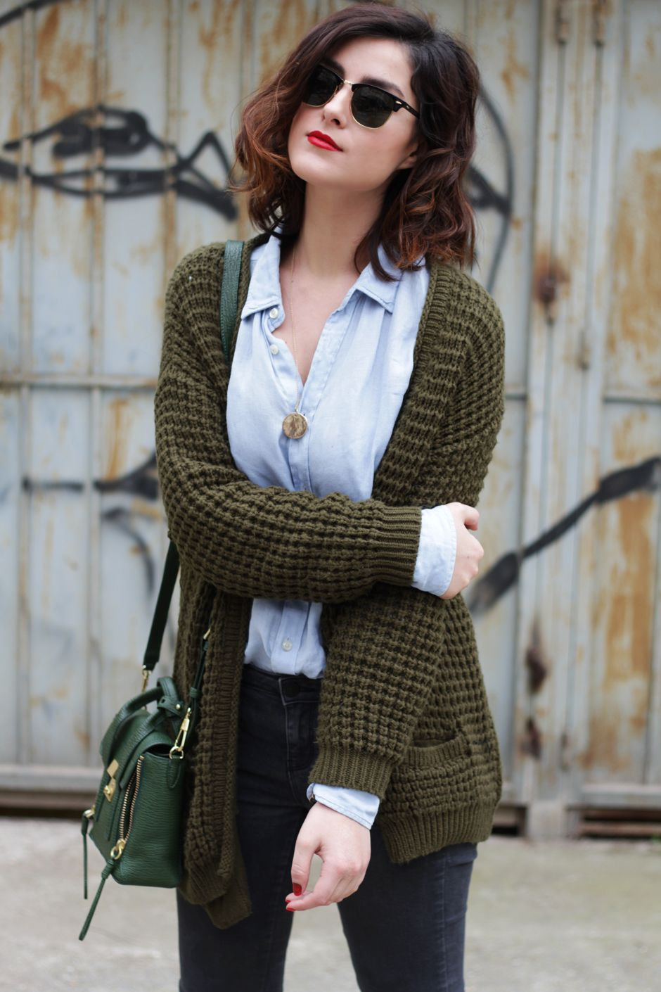 Great layered look using a chambray shirt and a chunky cardigan ...