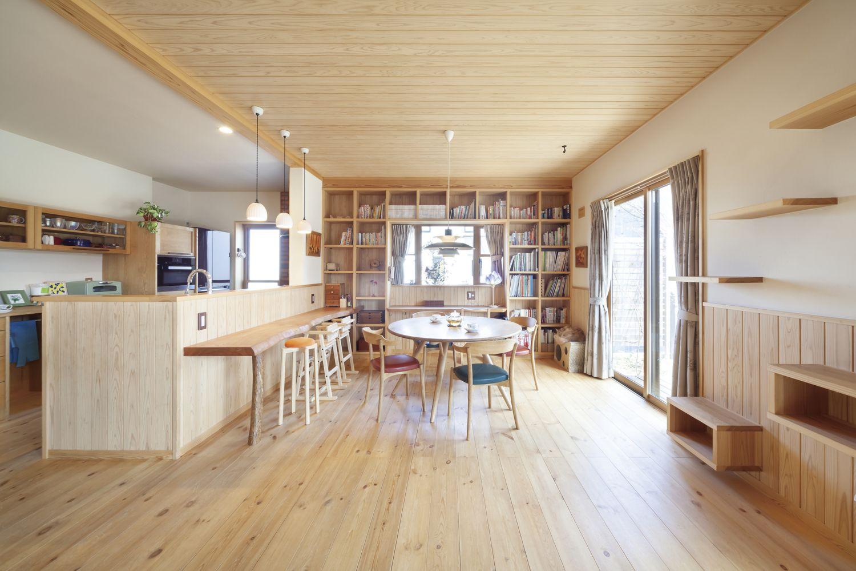 家中自然な風が流れる健康な木の家 おしゃれまとめの人気アイデア Pinterest リソーケンセツ 自宅で ダイニング 家
