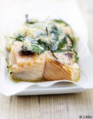 Rôti de saumon aux épinards