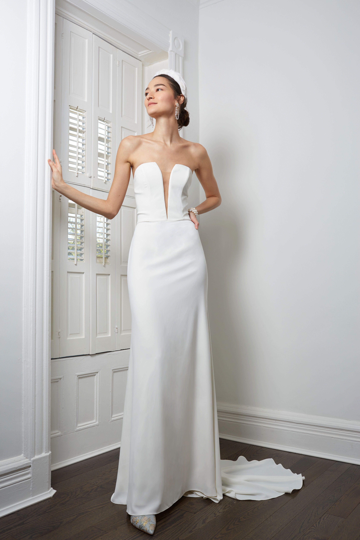 Willowby By Watters Brannox Gown Wedding Dresses Simple Wedding Dresses Photos Minimalist Wedding Dresses [ 5760 x 3840 Pixel ]