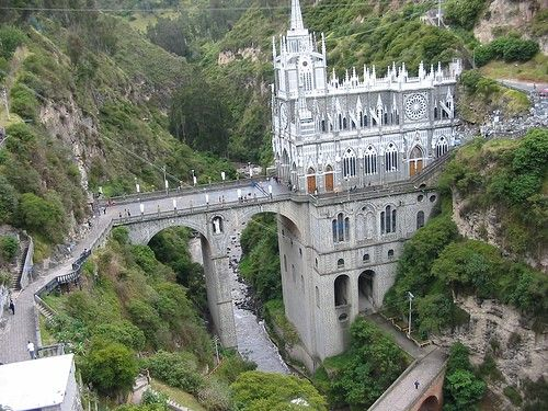 The sanctuary at Las Lajas, just minutes from Ipiales, is an astounding architectural feat and a shrine of unmatched beauty.