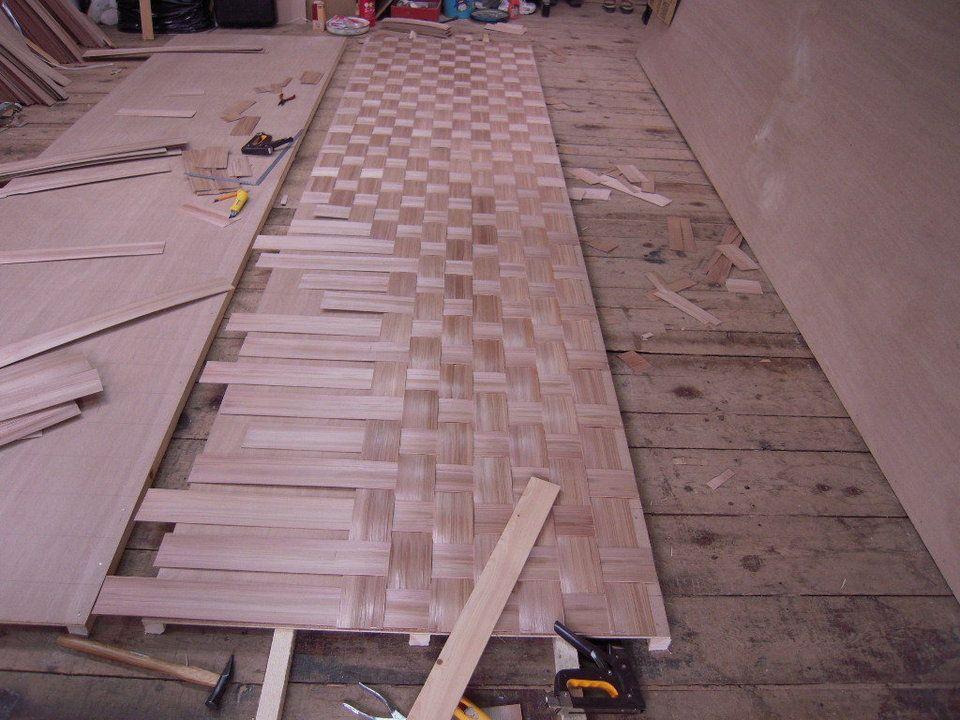 ヘギ板網代の製作現場 Decor Design Tile Floor