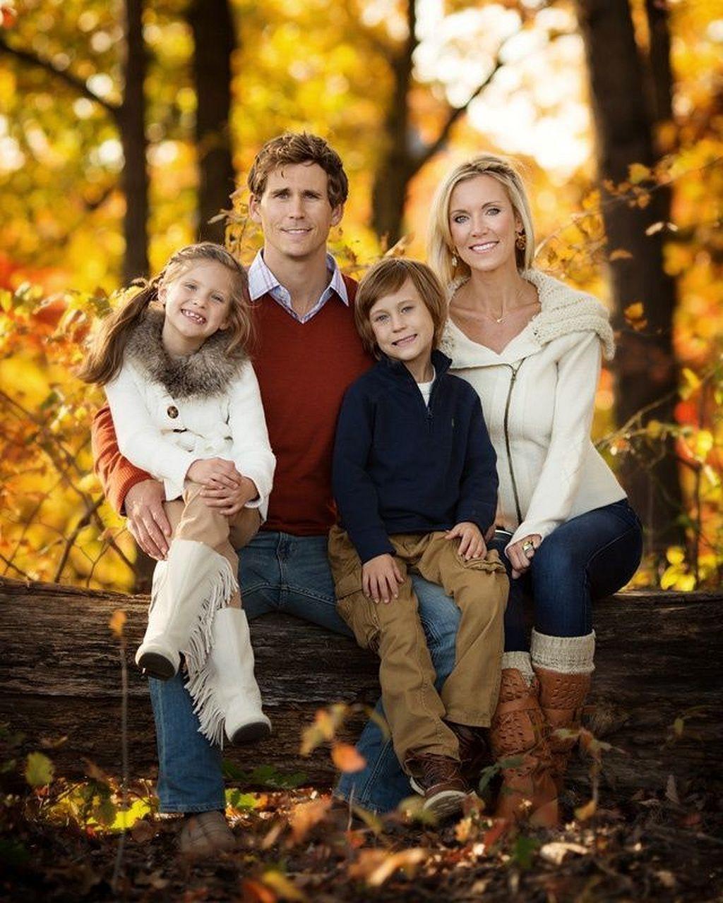 Картинки семья с ребенком образец