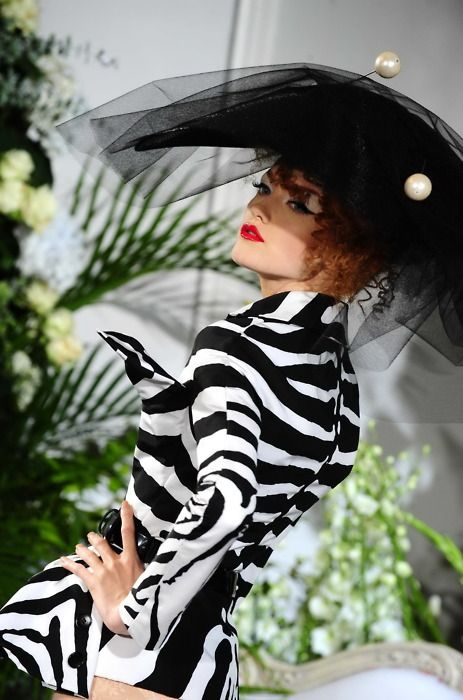 c2351af13c37c9 Enjoy Fashion and More | J'adore Dior ♡ Galliano | Fashion, Dior ...