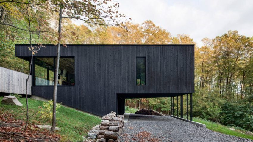 House · Fabulous Residence Nestled In A Wooded Hill Of Quebec