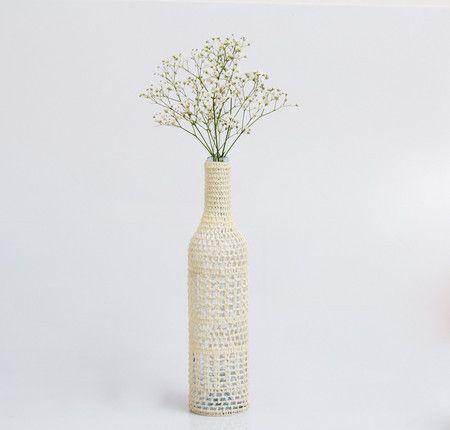 Roupa de Crochê para garrafa •cru• CMFIA_012 - Catarina Mina | Bolsas de Crochê…