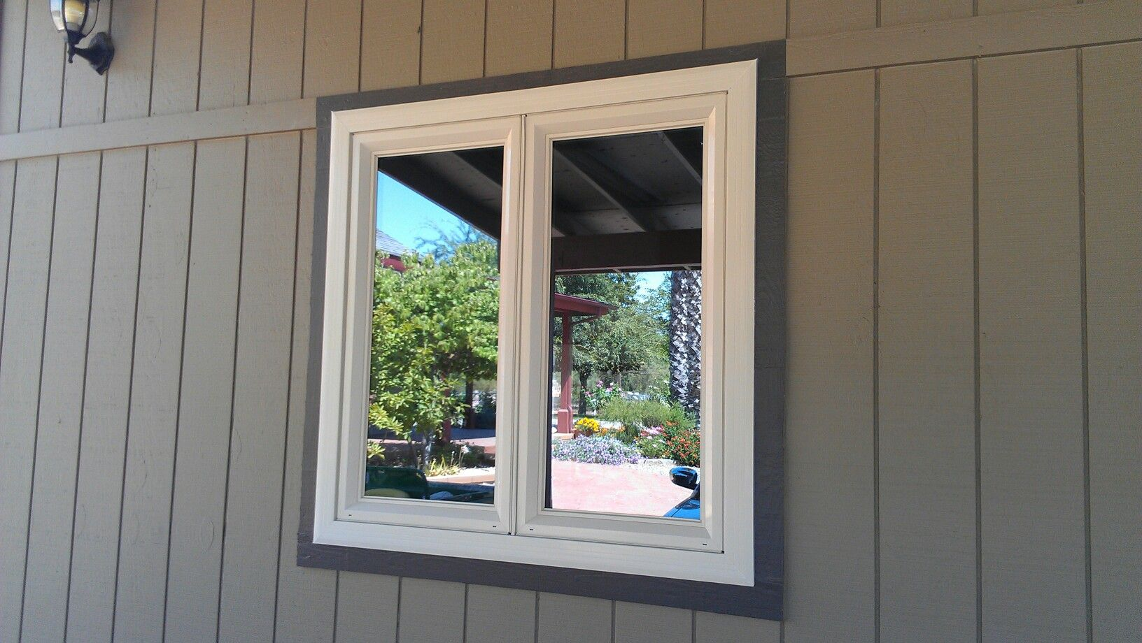 Anlin Catalina Cat Window With Tan Frame Rodriguez