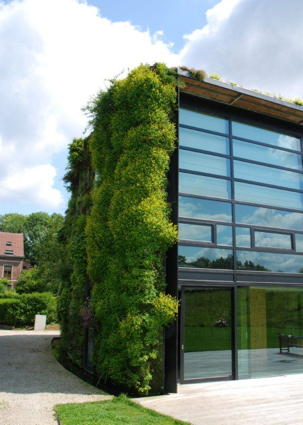 Simple Curtain Wall With Vertical Roof Garden Design By Patrick Blanc