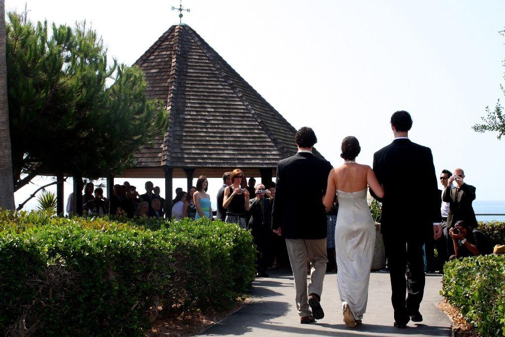 Orange County Laguna Beach Heisler Park Gazebo Las Brisas Wedding Minister Terri Linzmeier