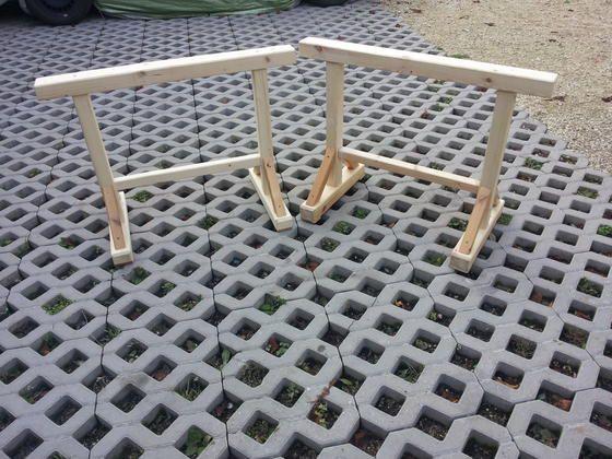 holzb cke holzschragen bauanleitung zum selber bauen selber machen holzideen zum nachbauen. Black Bedroom Furniture Sets. Home Design Ideas