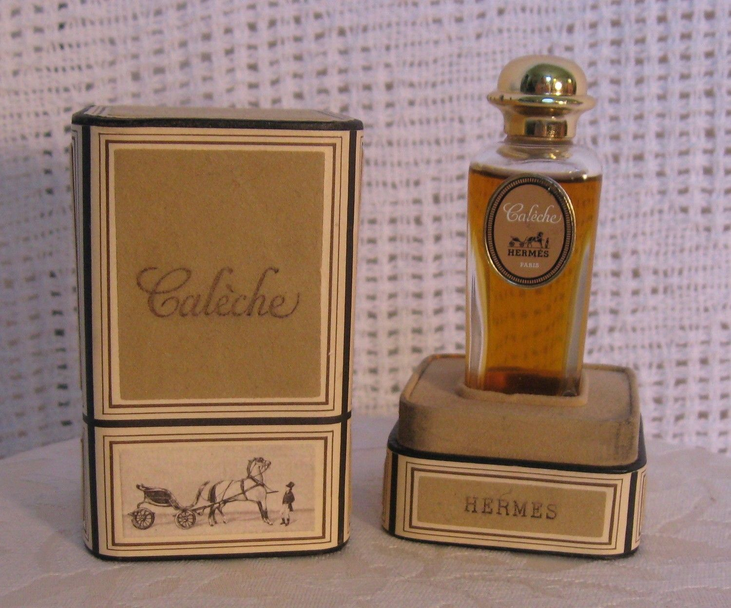 vintage 1960s hermes caleche parfum perfume 1 2 ounce bottle made in france perfume perfume. Black Bedroom Furniture Sets. Home Design Ideas