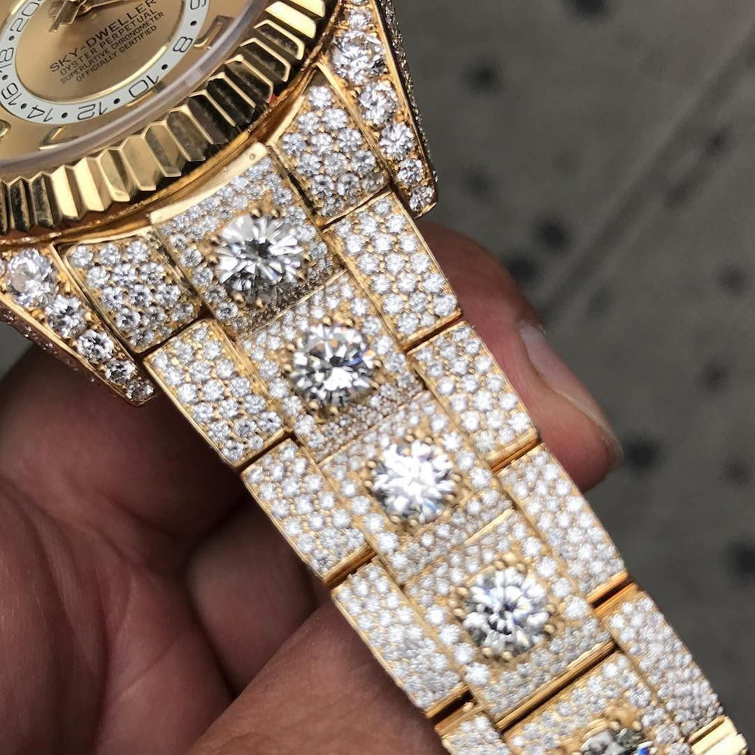 Rolex skydweller yellow gold authentic buyselltrade