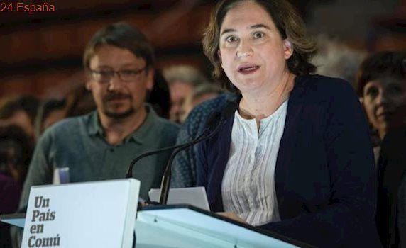 Colau exige a la Generalitat que detalle su propuesta para el referéndum
