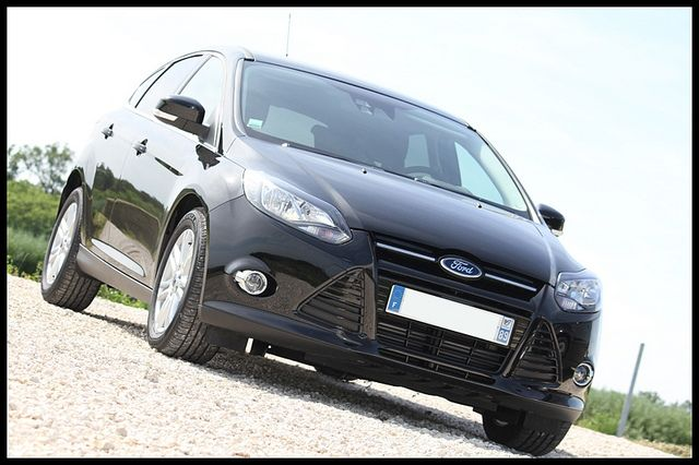 Ford Focus 2012 Available As Either A Sedan Or Hatchback The