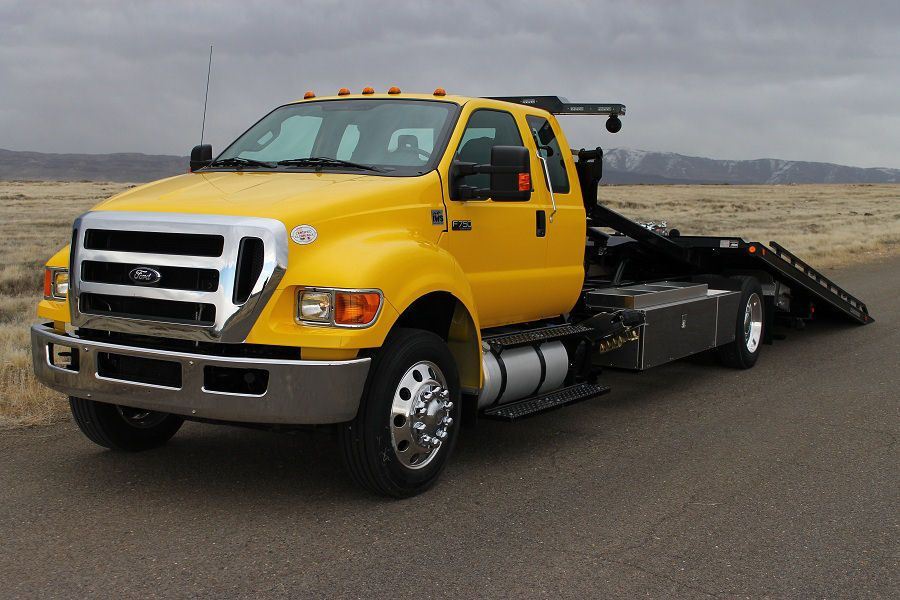 Gresham Towing 247 ready to assist your on the road in an emergency.