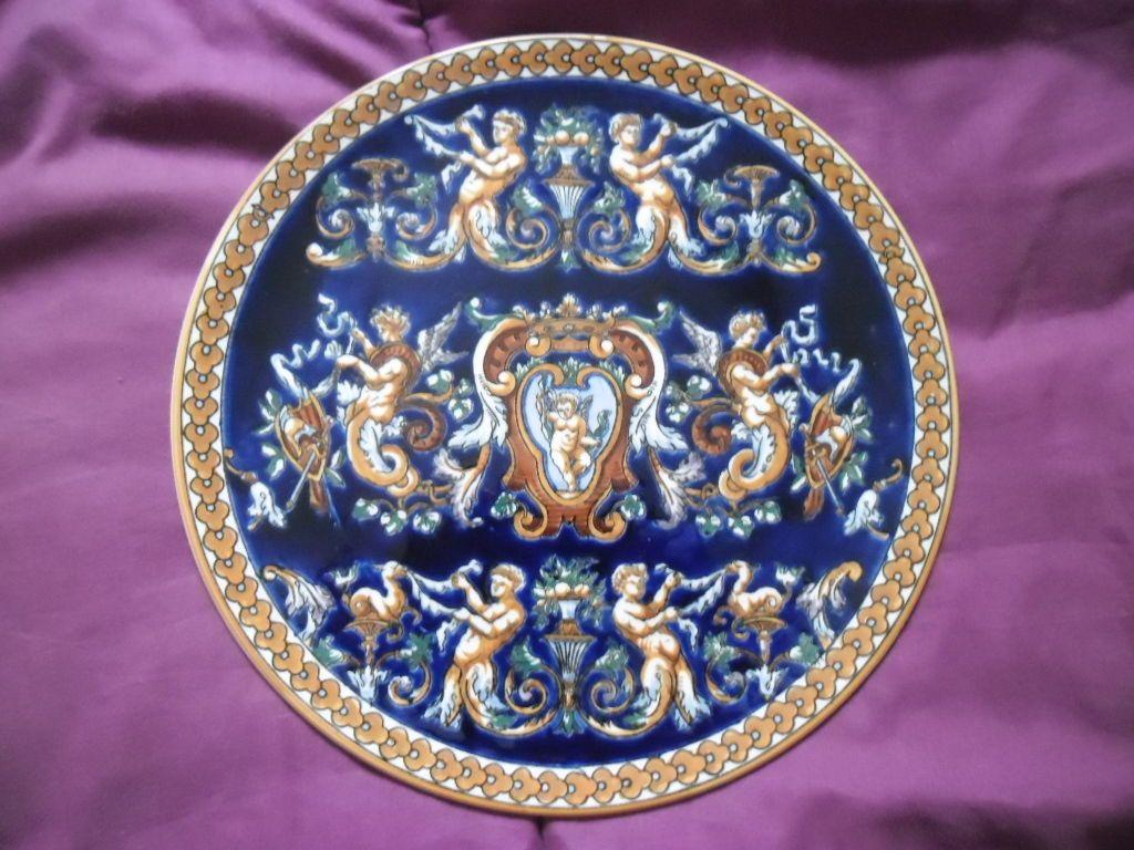 grande assiette plat gien d cor renaissance fond bleu fa ence de gien bleue pinterest. Black Bedroom Furniture Sets. Home Design Ideas