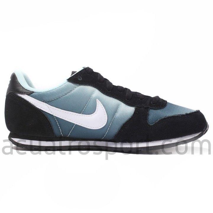 sports shoes 89437 3a506 Zapatillas Moda Nike Genicco Print en colores negro, gris y blanco para  mujer. Logotipo
