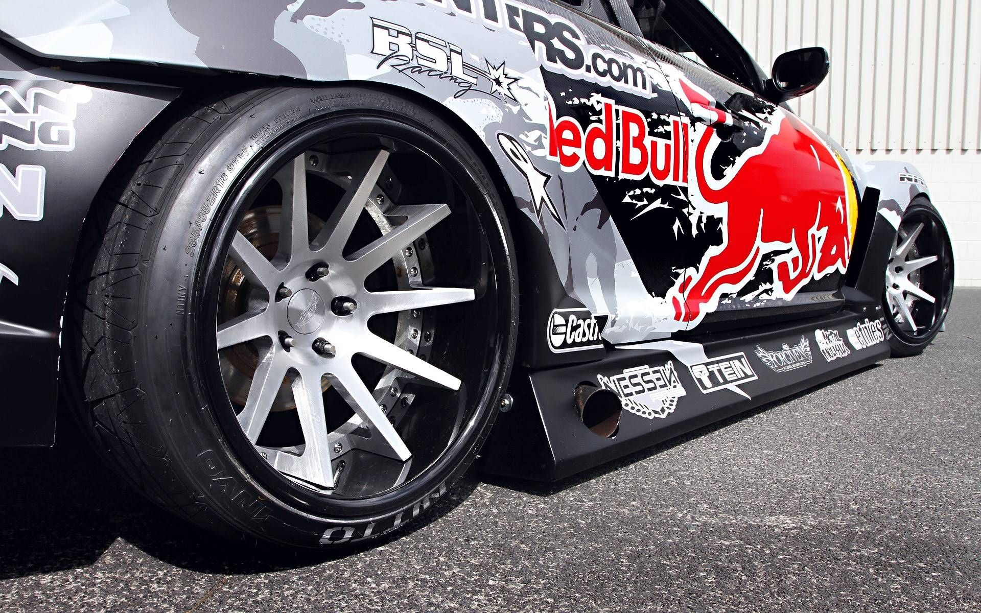 Red Bull Sports Car Pictures For Desktop And Wallpaper - Red bull motorcycle custom stickers