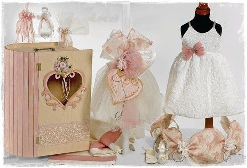 3e2611980c3 AAC03SET | Β | Keepsake boxes, Christening favors, Flower girl dresses