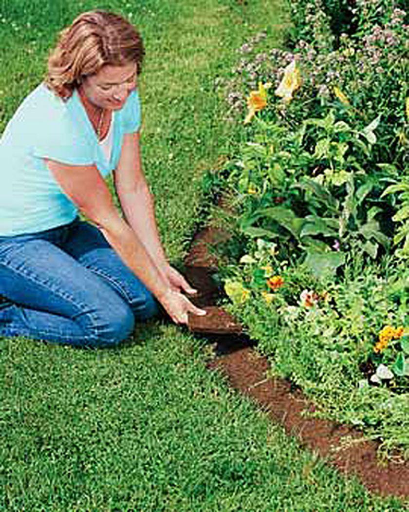 Coco Fiber Edging Coconut Fiber Edging Gardeners Com Landscape Edging Lawn Edging Plastic Lawn Edging
