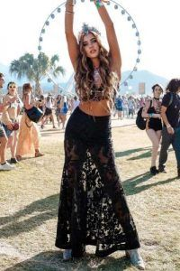 b79e0b650f 33 HOTTEST FESTIVAL OUTFITS FOR COACHELLA ARE RIGHT HERE – My Stylish Zoo  #WomenDress #weddingdress #eveningdress #cocktaildress #bridesmaiddress  #promdress ...