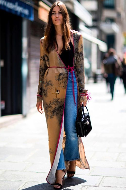 cf335b81fe59 Street Style  3 Ways To Wear Long Kimono-Inspired Jackets (Le ...