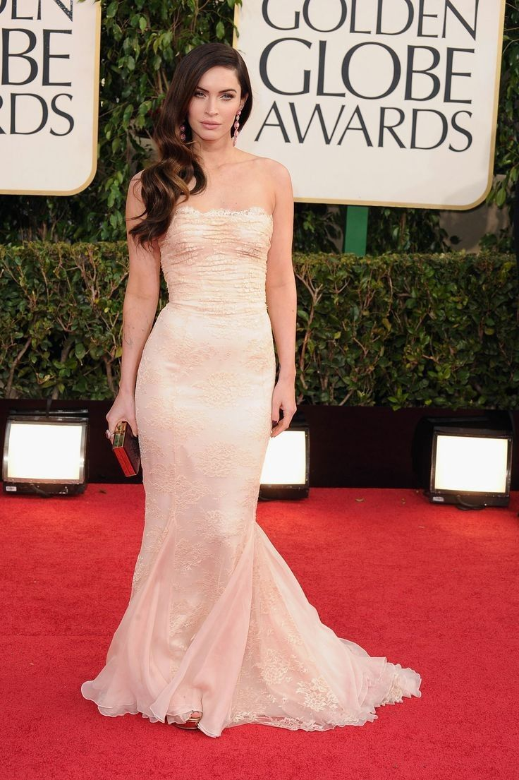 Megan fox dolce and gabbana lace strapless gown and gold