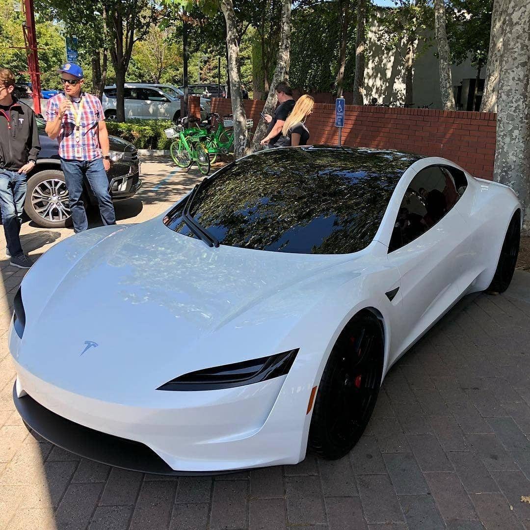 FOLLOW SupercarsBuzz for More Credits teslamogul
