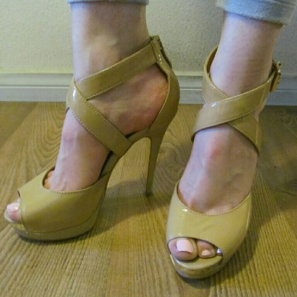 Bebe Nude Heels Size 6! Bebe Nude patent heels! They are size 5 ...